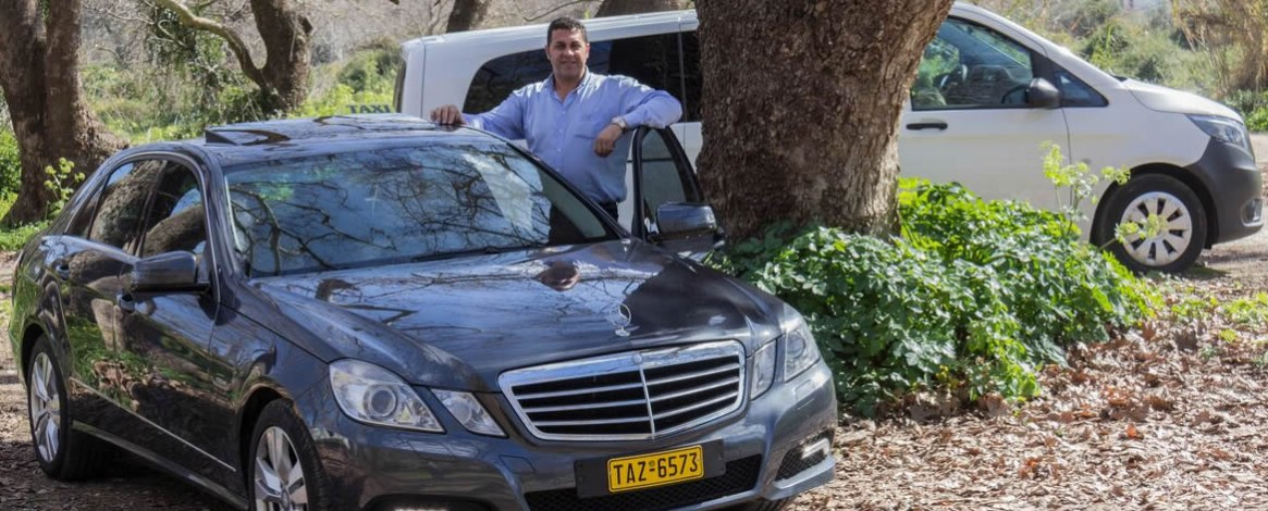 Is a Welcome Crete Taxi Van Transfer operated by an authorized Driver?