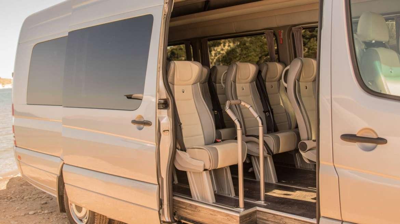 Minibus & Minivan transportation